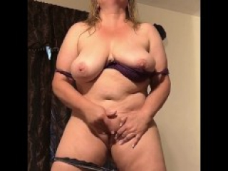 Naughty Wife Masturbating While Standing - Real Orgasm Homemade